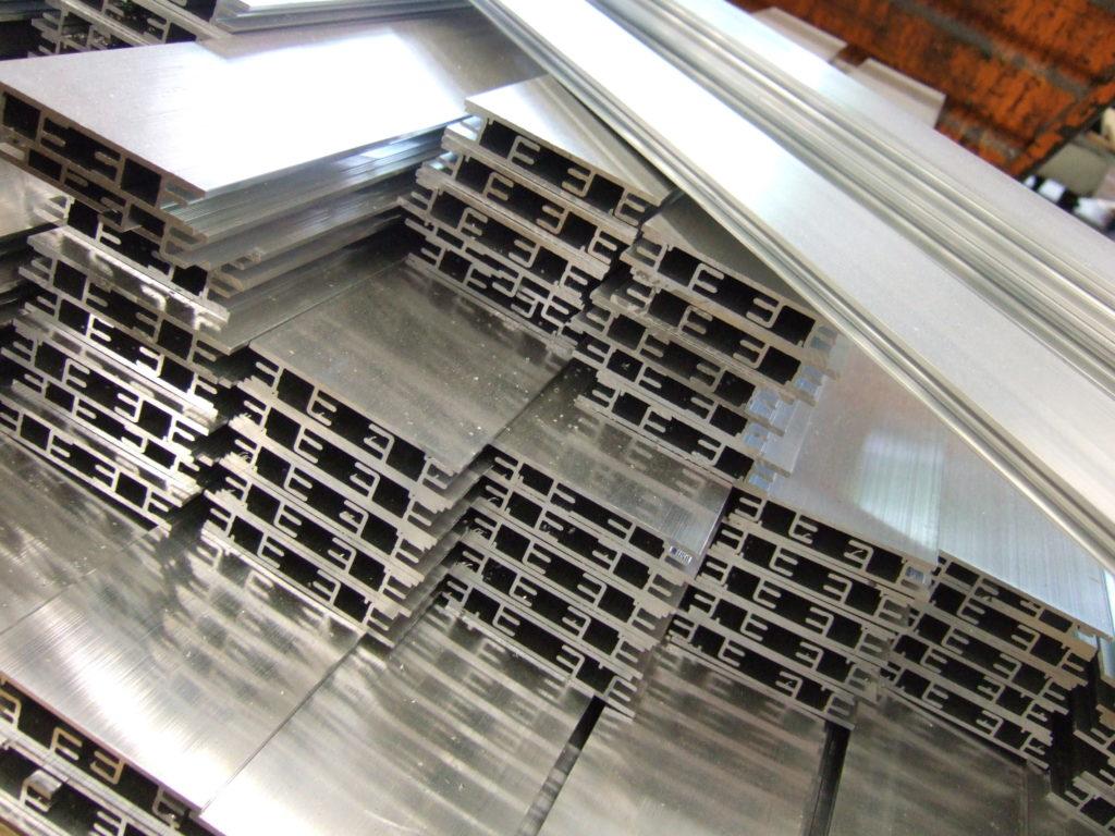 Aluminium profielbewerking
